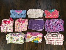 10 girl pajamas size 5 in Bartlett, Illinois