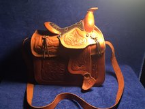 real leather hand made purse in Fort Leonard Wood, Missouri
