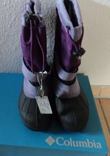 Columbia girls snow boots size 2 brand new in box in Ramstein, Germany