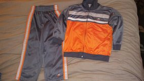 Nike outfit size 4t in Batavia, Illinois