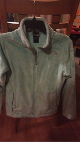 North face  Osito mint size 18 kids xs women in Glendale Heights, Illinois