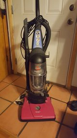 Bissell pink vacuum cleaner in Fort Campbell, Kentucky