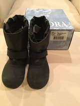 Tundra Quebec boys winter boots...size 9 in Shorewood, Illinois
