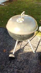 "Weber Charcoal 22"" Kettle Grill in Batavia, Illinois"