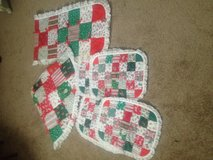 Lace Hand Made Quilted Christmas Table Runner Set Quilted Hand Made Christmas Tree Skirt Set Tab... in Kingwood, Texas