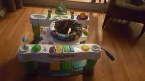 Little superstar step n play piano exersaucer in Naperville, Illinois
