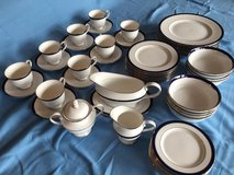 Lenox Federal Cobalt Platinum Bone China (8-piece+) Dish Set in Ramstein, Germany