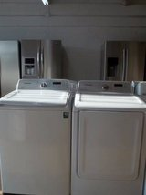 SAMSUNG STEAM FRONT LOAD WASHER AND DRYER SET; WHITE in Lumberton, North Carolina