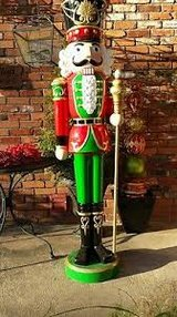 Large Nutcracker in Glendale Heights, Illinois