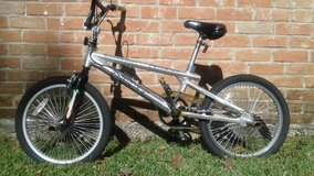 Aluminum 20 inch Freestyle Stunt Bicycle with pegs in Tomball, Texas