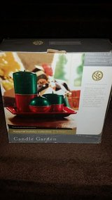 New / 4 Piece Red / Green Candle Set in Fort Campbell, Kentucky