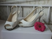 white silver slingbacks size 38 in Ramstein, Germany