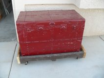 ===  Vintage Trunk  === in Yucca Valley, California