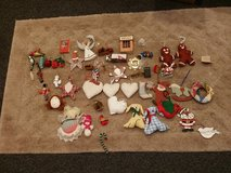 Holiday ornaments in Batavia, Illinois