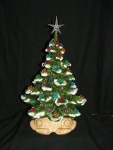 Vintage Ceramic Christmas Tree / Flower Ornaments in Chicago, Illinois