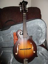 Gibson F-9 Mandolin with Case (Lifetime Warranty) in Cherry Point, North Carolina
