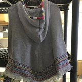 Girls Poncho 3T in Algonquin, Illinois