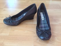 women American Eagle wedge shoes for sell in Glendale Heights, Illinois
