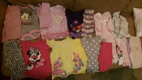 0-3months girls clothes lot 19pcs in Hinesville, Georgia