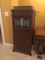 Antique Edison Victrola in Elizabethtown, Kentucky