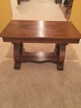 Antique Table in Elizabethtown, Kentucky