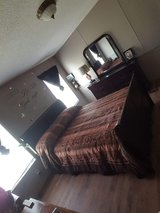 Queen sleigh bedroom suite in Lake Charles, Louisiana