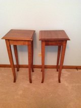 2 oak night stands/ side tables in Lockport, Illinois