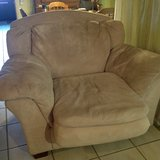 XL sofa type chair(pet friendly)needs cleaning in Ramstein, Germany