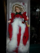 """MINT! 1986 Brinns """"MISS SANTA"""" Christmas Wind-up Musical 17"""" DOLL w/Stand in Glendale Heights, Illinois"""