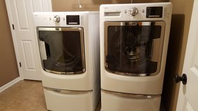 Maytag Front Load Washer and Dryer in Morris, Illinois