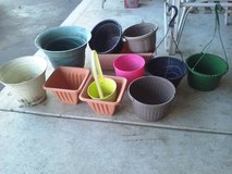 Flower Pots Lot in Aurora, Illinois