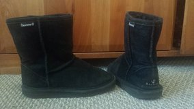 Bearpaw Black  Boots - Girls Size 4 in Bolingbrook, Illinois