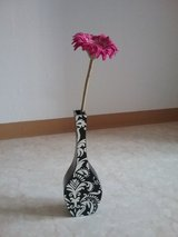 artificial flowers vase holder or stand in Ramstein, Germany