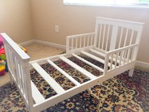 Real heavy wood TODDLER BED in Gordon, Georgia