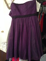 Purple Cocktail/Special Occasion Dress in Eglin AFB, Florida