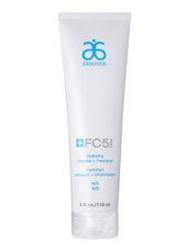 Hydrating Cleanser + Freshener in Baumholder, GE