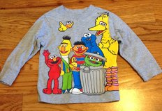 Baby/Toddler boys old Navy long sleeve Sesame Street shirt size 2T in Byron, Georgia