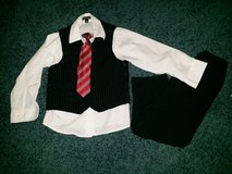 4 piece suit size 5T in Travis AFB, California