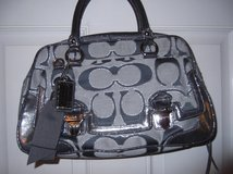 COACH PURSE    and WALLET  new in Cherry Point, North Carolina