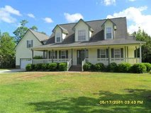 Wrap Around Porch, Bonus Room and Available Now! in Camp Lejeune, North Carolina