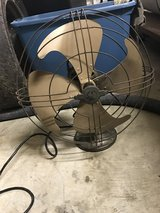 1940s GE antique oscillating fan in bookoo, US