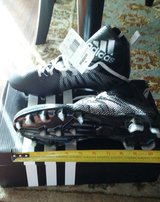 Football Cleats 7.5 youth New! in Temecula, California
