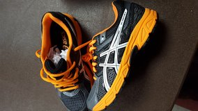 ASICS Kids Tennis shoes NEW in Box in Leesville, Louisiana