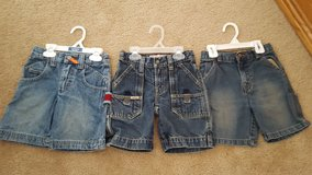 Boys Size 4/4T Shorts (Updated 3/22/2017) in Naperville, Illinois