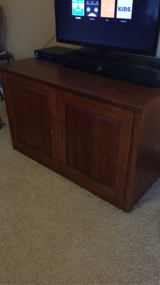 Thomasville Cherry Shaker Furniture Set/ Coffee Table/ End Tables (2)/ TV Caninet 2 pieces/ Cloc... in Elgin, Illinois
