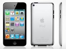 WANTING TO TRADE FOR IPOD TOUCH W/CAMERA in Camp Lejeune, North Carolina