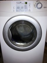 FRONT LOADER Amana DRYER ( Electric - 220 Volts ) Like NEW !! in Oceanside, California