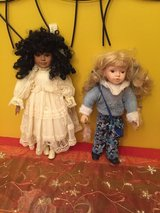 2 porcelain dolls like new great Presents in Morris, Illinois