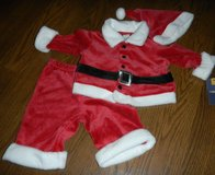 NEW Baby Boys Size 3 Months Santa Claus Suit Outfit 3 Pieces in Houston, Texas