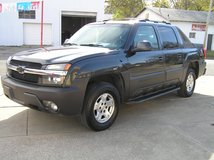 03 Chevrolet Avalanche 4x4 New Tires 4WD in Fort Riley, Kansas